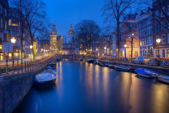 amsterdam-750